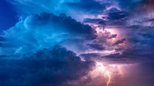 Wat kun je doen wanneer je paard bang is voor onweer